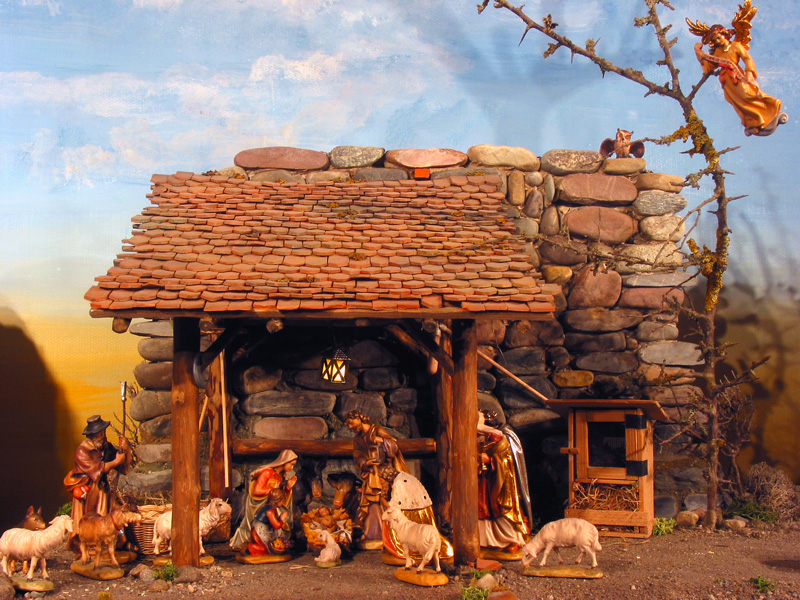 The Message Of The Child Nativity Scenes Barn Nativity